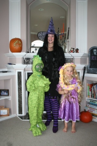 10-29-2011 family costumes