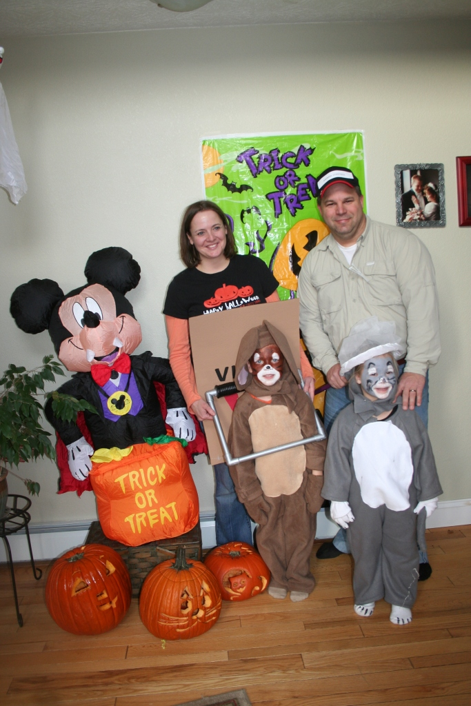 10-30-2010 halloween party_0099