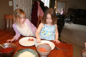 4-11-2010 maggie bday_pizzas